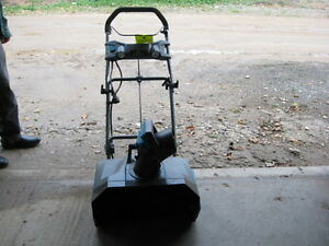 YARD WORKS SNOW THROWER