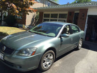 2005 Nissan Altima Sedan- NEW TIRES LOW KMS!