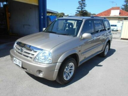2004 Suzuki Grand Vitara Sports (4x4) Champagne 5 Speed Manual Wagon