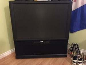 "5 1"" Big Pioneer TV, Rear Projection, Great Picture in Picture"