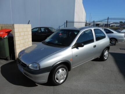 2000 Holden Barina SB City Silver 5 Speed Manual Hatchback