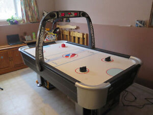 AirHockey Full Size Table with Electronc Scoreboard