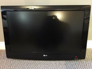 "42"" LG flat screen TV - LCD.  Excellent shape!"