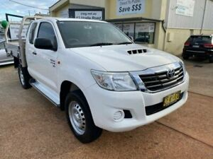 2015 Toyota Hilux KUN26R MY14 SR (4x4) White 5 Speed Manual X Cab Cab Chassis Port Macquarie Port Macquarie City Preview