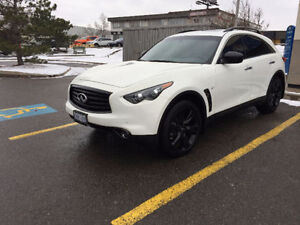 2015 Infiniti QX70S - LEASE TAKEOVER