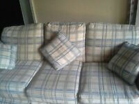 excellent condition sofa set 5 year old
