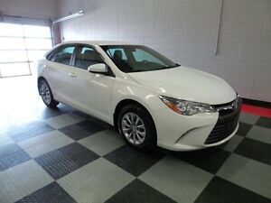 2015 Toyota Camry LE, BACK UP CAMERA, EASY FINANCING, DRIVE AWAY