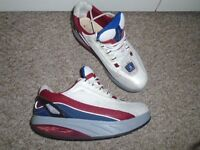 MBT women's shoes size 7 in good condition-can post