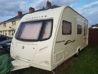 IMMACULATE CONDITION 4 BERTH AVONDALE OSPREY CARAVAN WITH AWNING