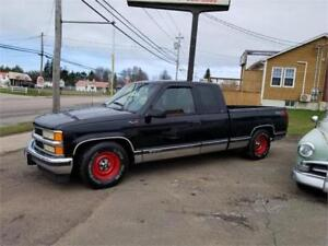 TRADES ACCEPTED 454BBC CHEVY TRUCK