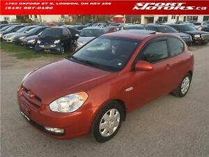 2009 Hyundai Accent **ONLY 78 KM** Sunroof! Fog Lights! A/C!