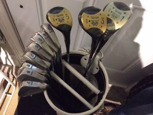 RH LYNX Tigress Ladies Golf Clubs w/ Dunlop Golf Bag