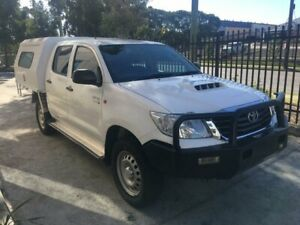 Toyota Hilux SR Diesel 4x4 AUTOMATIC 2014 Dual Cab - Fitted with Service body Seven Hills Blacktown Area Preview