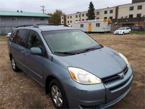 2004 Toyota Sienna LE-CLEAN CARPROOF