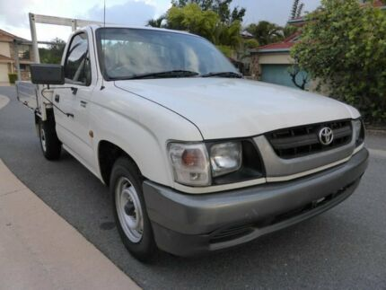 2002 Toyota Hilux RZN149R White 5 Speed Manual Cab Chassis Southport Gold Coast City Preview