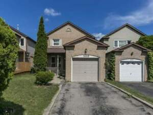 Gorgeous 3 Bed 2 Bath Detached Home in Mississauga