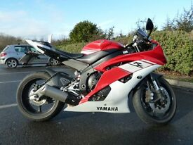 Yamaha R6 2011 5850 MILES ASV LEVERS Yamaha LED IDICATORS CARBON,LITHIUM RACING BATTERY