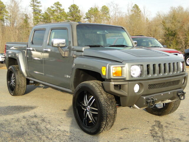 2009 hummer h3t 4 wheel drive rebuilt salvage title repaired damage salvage cars used hummer. Black Bedroom Furniture Sets. Home Design Ideas