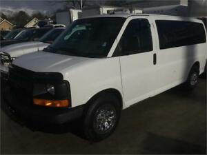 2014 Chevrolet Express AWD van 8 passenger All Wheel Drive