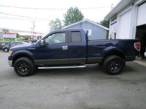 2011 ford f150 Supercab 5 LITRE 4x4 low kms