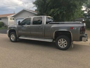 FOR SALE  2012 Chev Crew Cab 4x4 Diesel