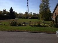 Land for sale in laval / Terrain a vendre laval