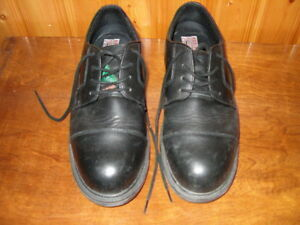 SAFETY SHOES 9.5W BLACK LEATHER