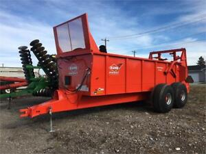 FOR RENT PULL TYPE MANURE SPREADER