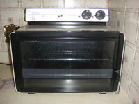 Like new condition !!! counter top convection oven $50