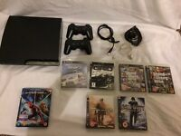 PS3 slim 250gb with games + 2 Controllers