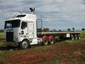 convertable trailor  TOA with tarps and gates. Toowoomba Toowoomba City Preview