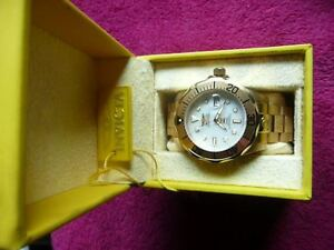 GOLD IN COLOUR, INVICTA, WITH PEARL FACE Edmonton Edmonton Area image 3
