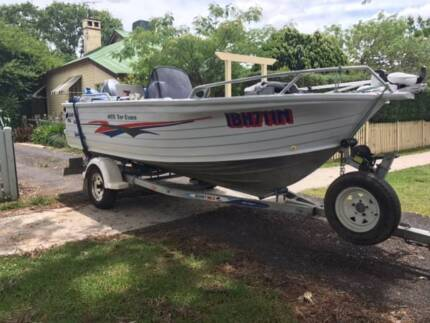 QUINTREX TOPENDER 4.55 M PLUS 60 HP YAMAHA AND EXTRAS