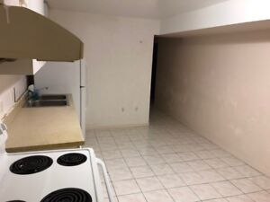 Room for rent in Basement apartment