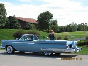 1959 Ford Fairlane 500 Skyliner Retractable Convertible