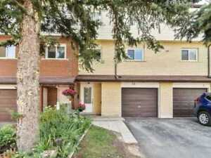 Newly Updated Home! 1216 Sqft Condo Townhouse 3 Bed / 2 Bath