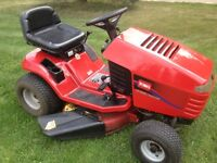 15.5hp Toro lawn tractor --in great working condition