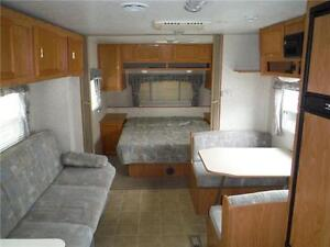 2003 Jayco Kiwi Too 26S Ultra Lite Travel Trailer with Slideout Stratford Kitchener Area image 4