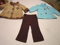 2 manteaux et 1 pantalon, fille 12 mois
