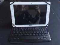 Acer Iconia One 10 tablet with atachable Sandstrom keyboard
