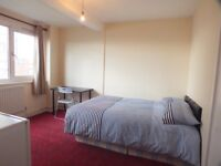Amazing Double room available Just 7Mins by walk to Whitechapel Station Zone 2.