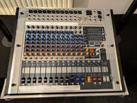 peavey powered mixer with speakers