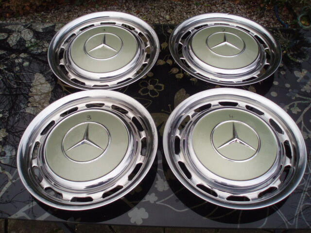 Mercedes hub caps mercedes wheel trims mercedes hubcaps for Mercedes benz hubcaps