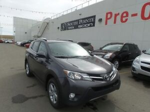 2014 Toyota RAV4 XLE | Bluetooth | Sunroof