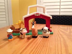 Fisher Price Little People Farm Stable