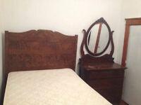 Antique Bedroom Set (1800)
