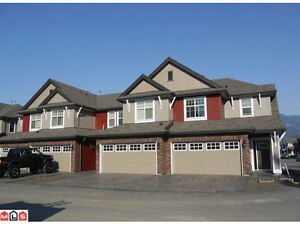 Great Sardis 4 bdrm townhouse - 21-45762 Safflower Cres