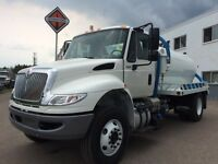 2016 International 4300 4x2, New Septic Truck
