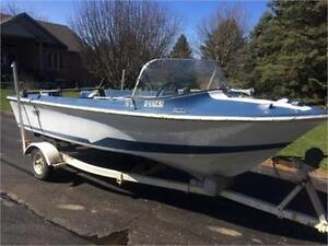 Older Fibreglass Boat with good running 65 Merc Outboard
