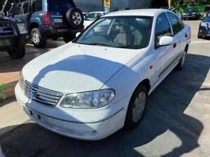2004 Nissan Pulsar N16 S2 MY2003 ST White 5 Speed Manual Hatchback Clontarf Redcliffe Area Preview